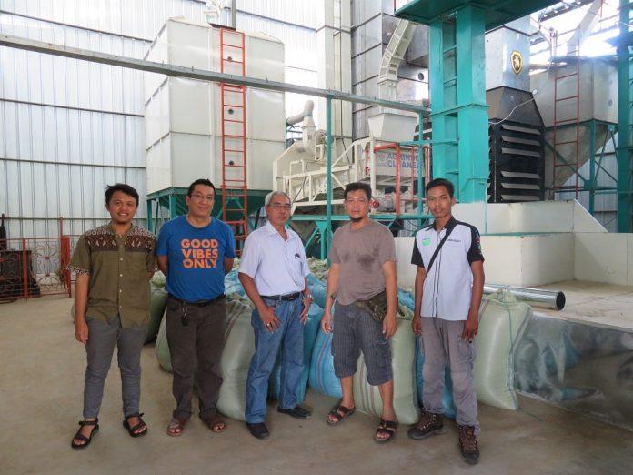Mesin pengering padi