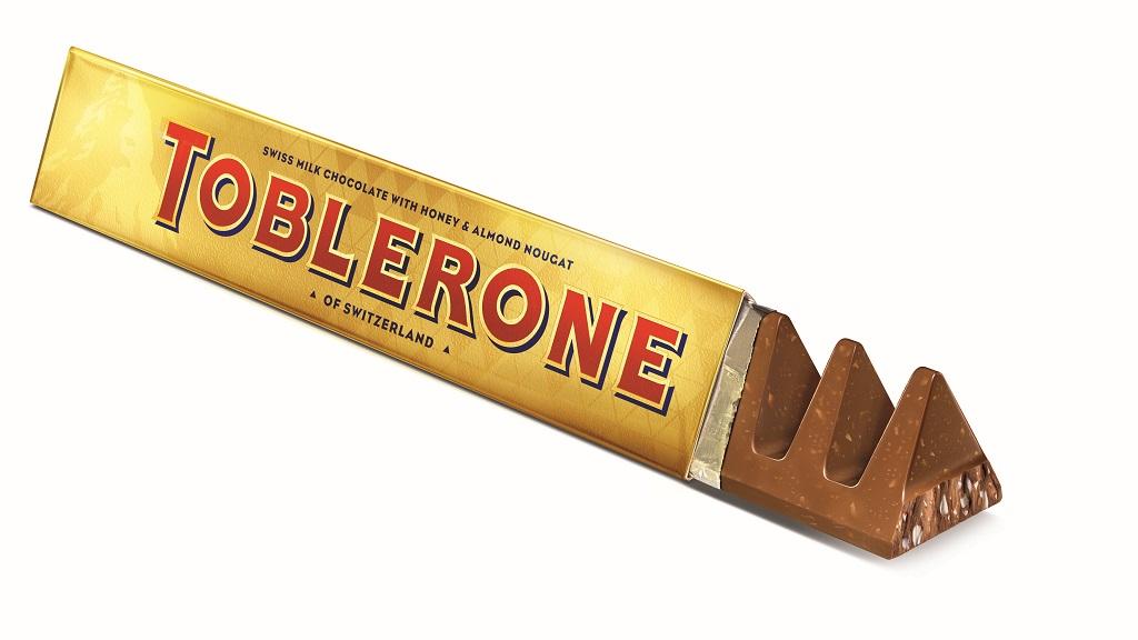 Cokelat Toblerone berbentuk segitiga yang melambangkan Matterhorn di pegunungan Alpen.