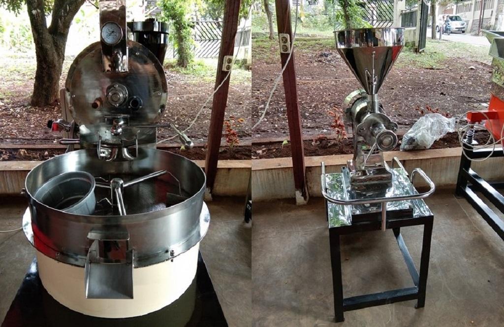 Mesin penyangrai dan penggiling biji kopi produksi PD Karya Mitra Usaha.