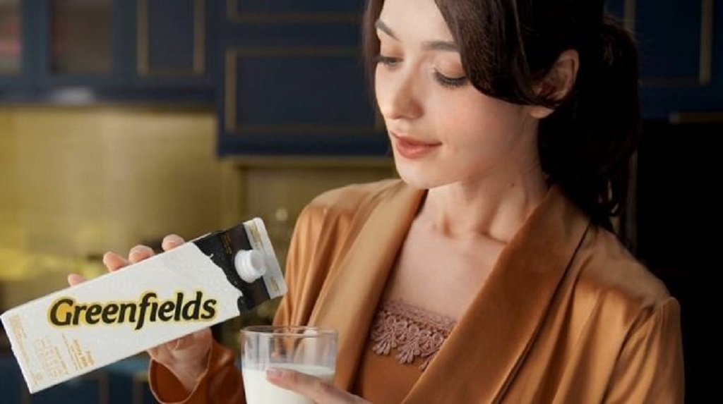 Greenfields Fressh Jersey Milk merupakan salah satu sumber gizi terbaik untuk keluarga, orang dewasa, maupun anak-anak.