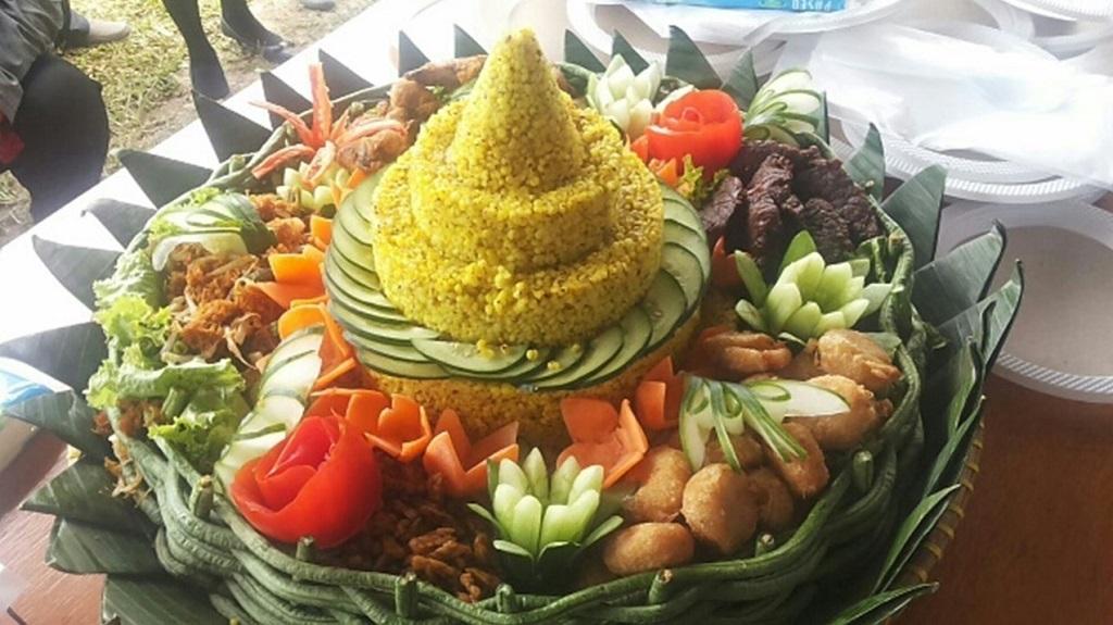 Nasi tumpang yang diolah dari beras sorgum.