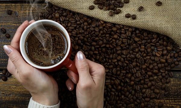 Minum kopi menurunkan risiko insiden aritmia